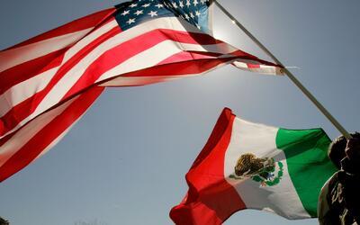La familia que realiza trámites para regresar a México por rechazo a las...