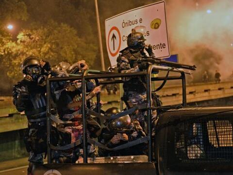 Según el diario brasileño 'Folha de Sao Paulo', algunos de los manifesta...