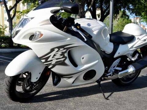 Esta moto ha creado una leyenda por sus prestaciones y facilidad para at...