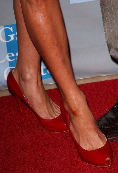 Pues al ser toda una diva necesita un calzado que le permita disfrutar d...
