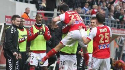 Con tres partidos por jugar, Ajaccio está cinco puntos por encima de la...