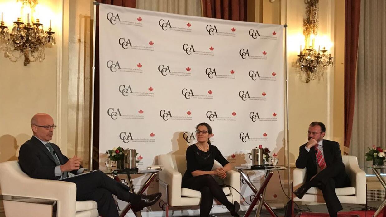 Panel con la Ministra de Relaciones Exteriores de Canadá, Chrystia Freeland
