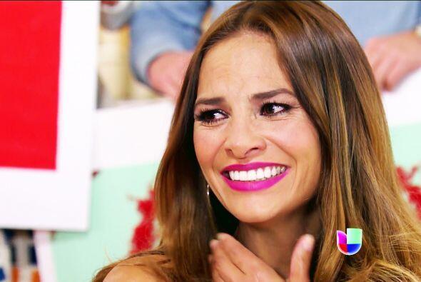 Sin duda, don Nicolás te ha convertido en la mujer más feliz del mundo.