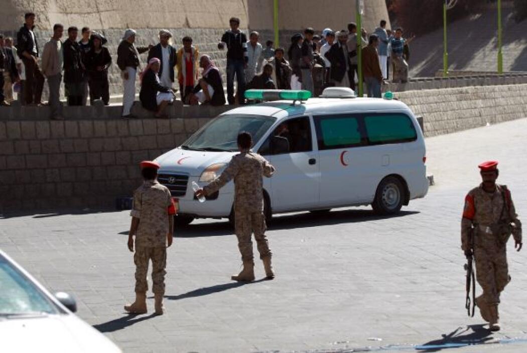 La violencia es frecuente en Yemen, donde un gobierno interino se enfren...