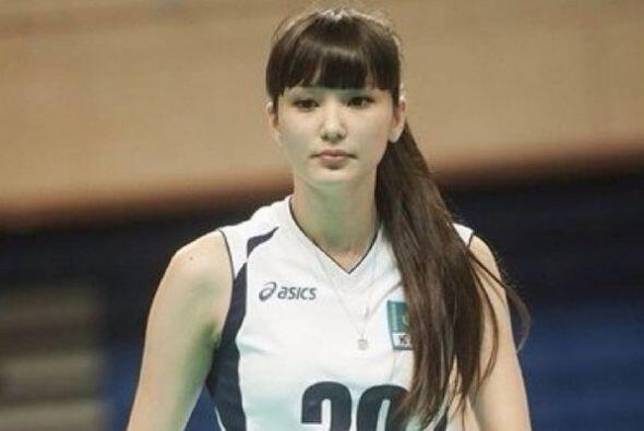 Ante esta situación, Altynbekova, ha dicho que se siente halagada por lo...