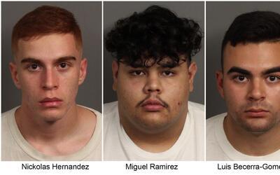 Los tres sospechosos mayores de edad.