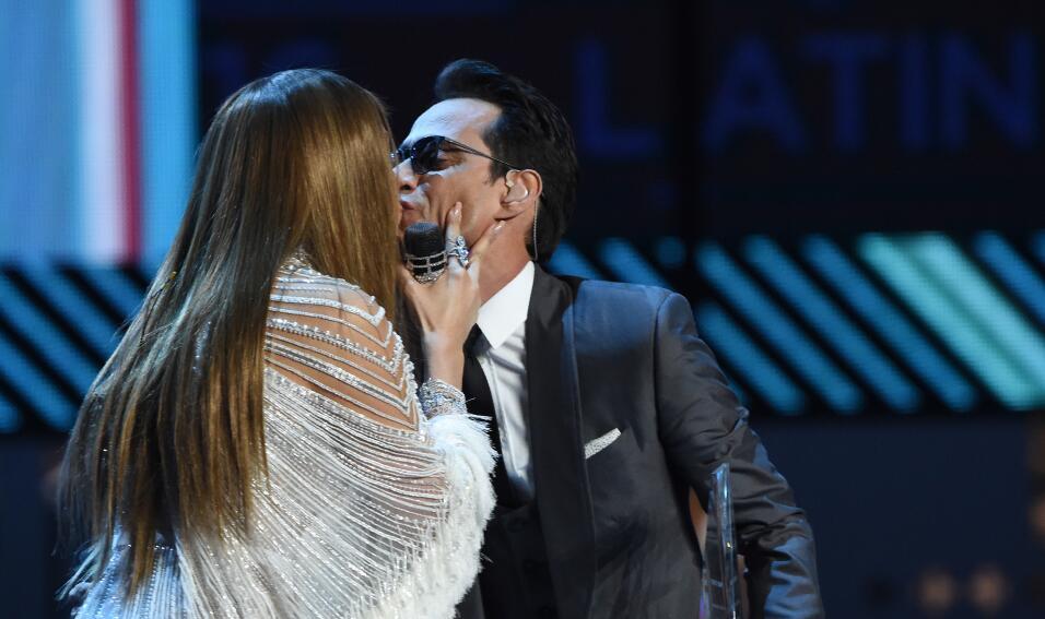Besos de Jennifer Lopez