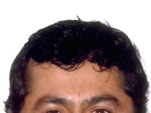 Víctor Zamora, casado, de 33 años, vivió junto con...