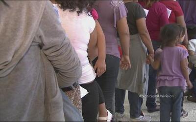 Gobierno de EEUU revisó la situación de los niños indocumentados en albe...