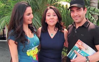 A Omar Chaparro y Martha Higareda les gustó ayudar al Ángel de la Justicia