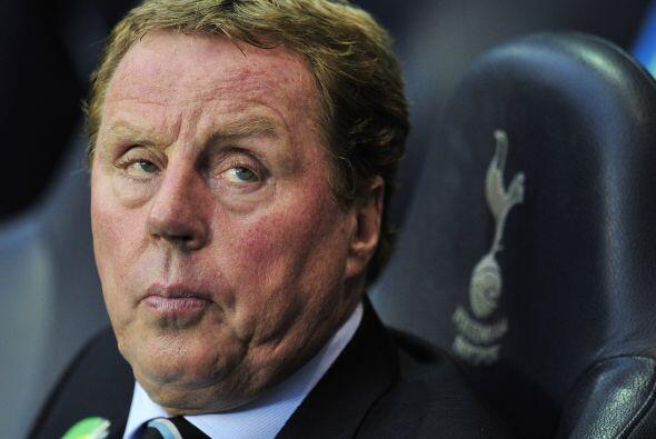 El equipo de Tottenham es dirigido por Harry Redknapp.
