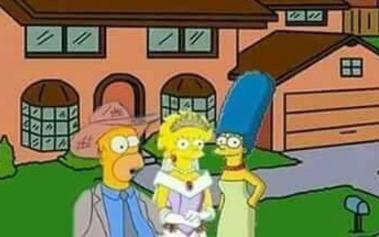 Homero, Lisa y Marge, personajes de la serie 'Los Simpsons', imitando a...