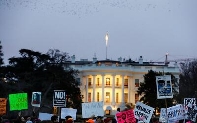 Una parte de la marcha de mujeres en Washington llegó hasta la Ca...