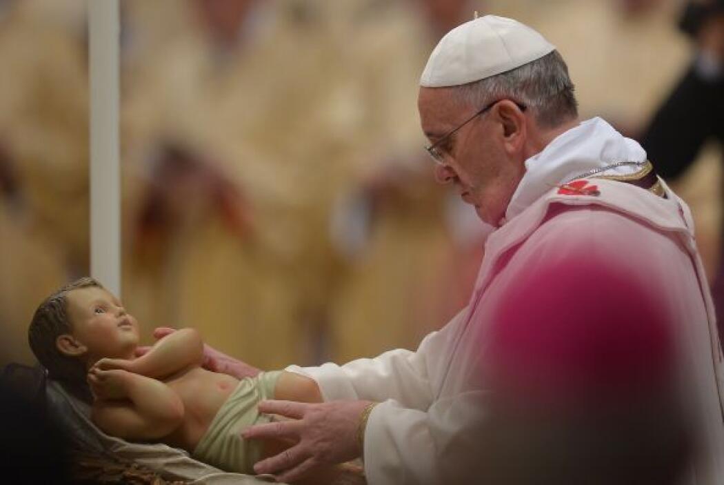 La ceremonia es la única misa pública que da el Papa en la Navidad.