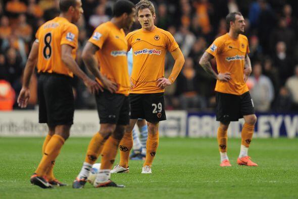 Para la mala fortuna del Wolverhampton, se consumó su descenso matemático.