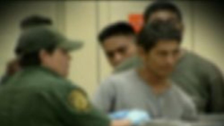Inmigrantes capturados por agentes de inmigracion
