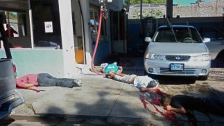 Tras la masacre de 15 personas en un autolavado de Tepic, Nayarit fueron...