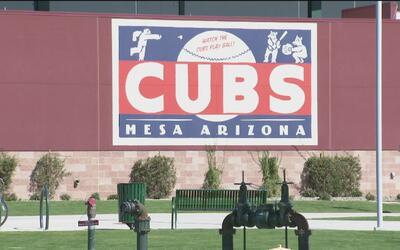 Este lugar en Arizona celebra a los Cubs como si estuvieran en Chicago