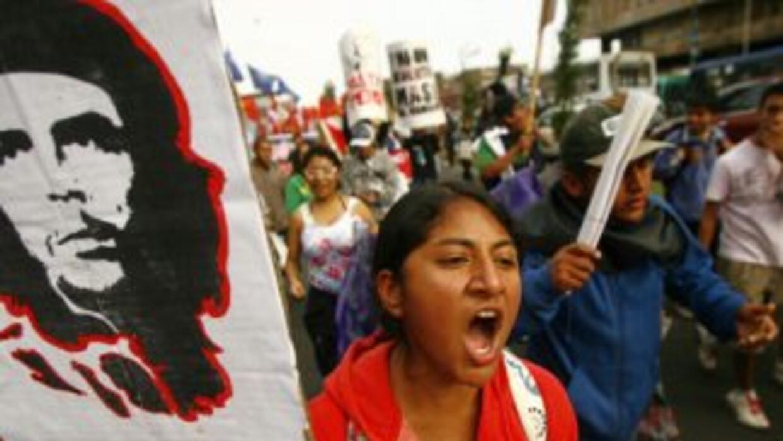 El Frente de Defensa Regional de Cajamarca anunció un paro de 48 horas e...