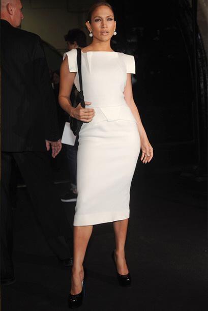 Este diseño de Marc Jacobs, el cuerpo, la cara y el peinado de Jennifer...