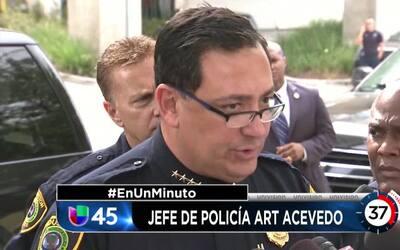 En Un Minuto Houston: El jefe de la policía de Houston relata cómo ocurr...