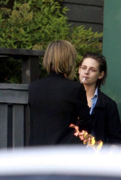 Sacó un cigarrillo.
