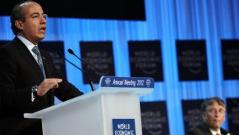 Felipe Calderón busca que el mundo evite un contagio por una posible cri...