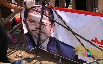 Golpe militar en Egipto por parte del ejército destituyó al presidente e...