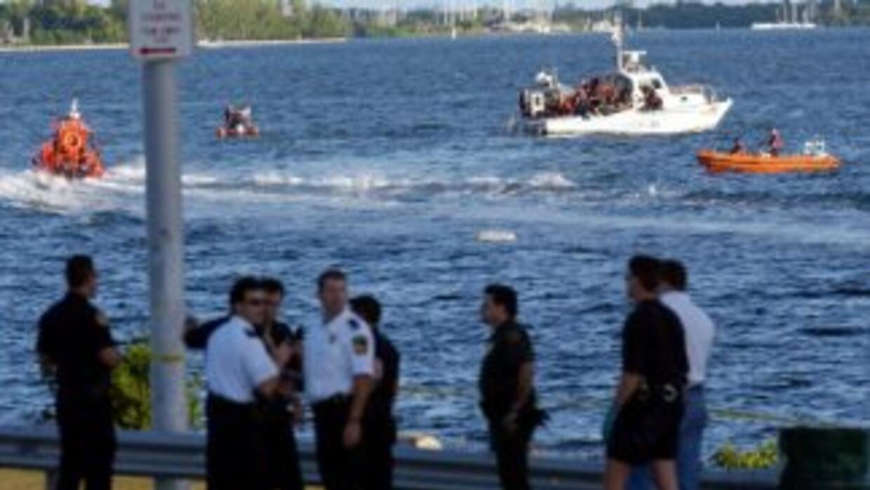 Cerca del lugar donde fueron rescatados los seis inmigrantes, se encontr...