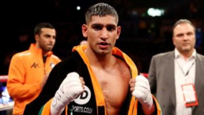 Amir Khan contra Mayweather Jr. sólo en 147 libras.