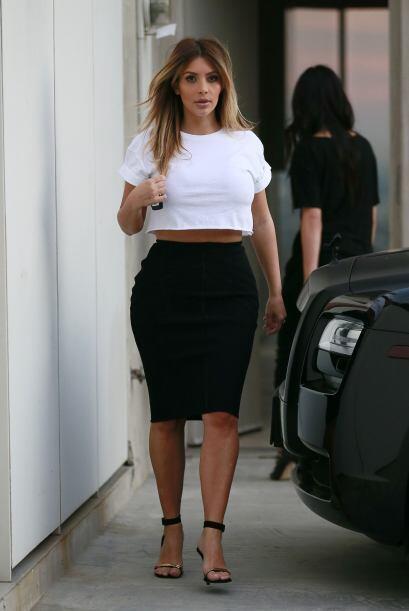 Kim le entró a la moda de los vestidos de dos piezas. La verdad e...