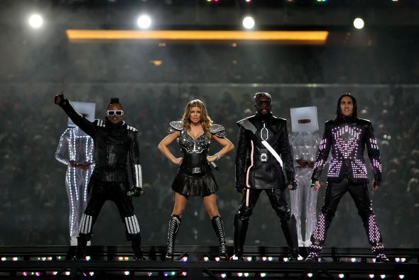 El medio tiempo del Super Bowl XLV estuvo a cargo de The Black Eyed Peas.