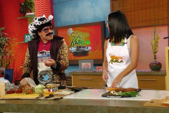 """Raúl """"El Texano"""" cocinó junto a Karla. ¡Fue una rica receta lo que hicie..."""