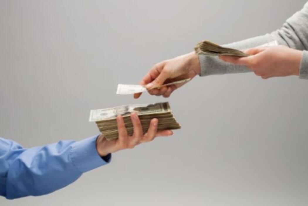 No cuidar tus gastos- Es muy fácil gastar de más en algunas zonas y toma...