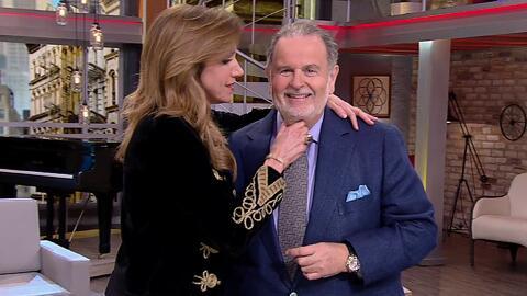 Raúl de Molina regresó de España y Lili lo recibió con un apretón de papada