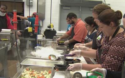 El Banco de Comida de Houston ahora tiene nueva cocina para alimentar a...