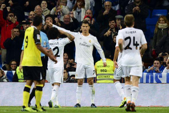 Era tanta la euforia de Ronaldo que incluso, ¿estamos viendo bien?, ¿tam...