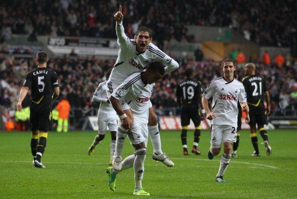 El equipo recién ascendido le ganó al Bolton 3 a 1.