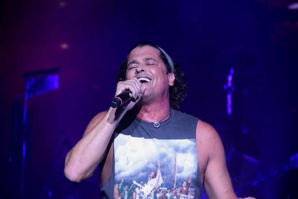 Carlos Vives pone a bailar a Miami con el ritmo del vallenato en el H2O...