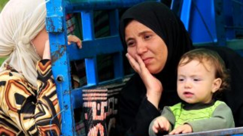 La revuelta de siria ha causado la huída de miles de civiles (principalm...