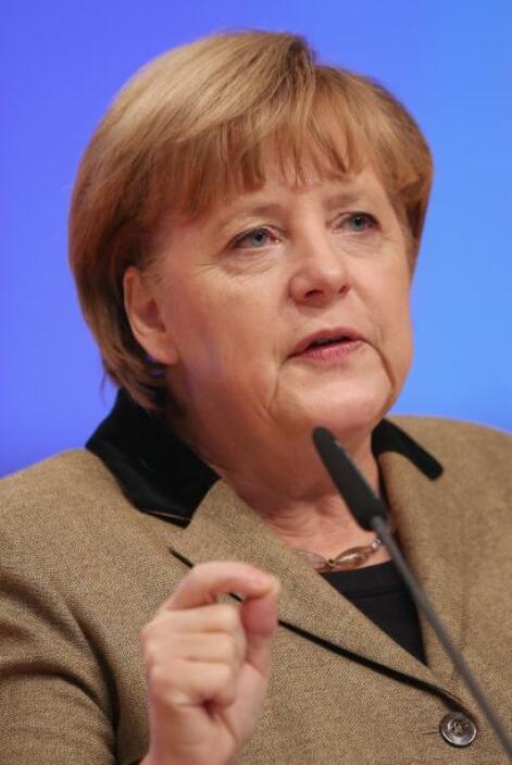 2. ANGELA MERKEL  Puesto- Canciller de Alemania.  Organización- Gobierno...