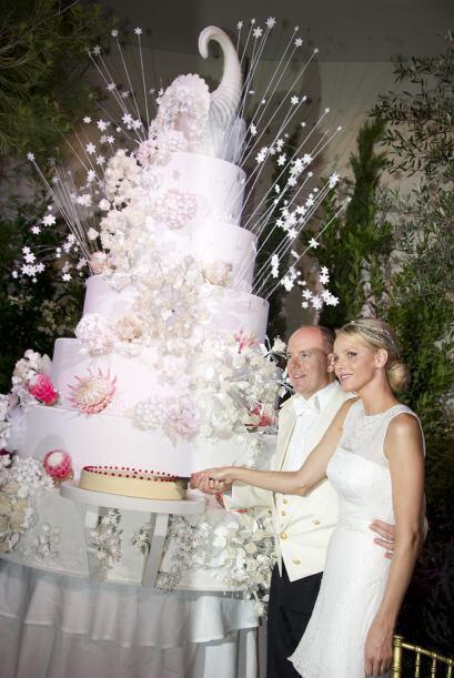 Otro 'pastel real', reciente en la memoria de muchas novias, es el que s...