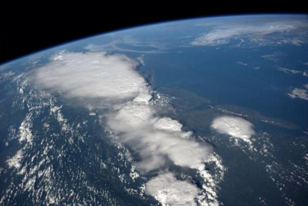 Volando por encima de Baltimore y las tormentas se ven violentas. Fotos...