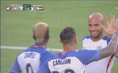 Estados Unidos madrugó a la defensa boliviana y Brooks marcó el segundo gol
