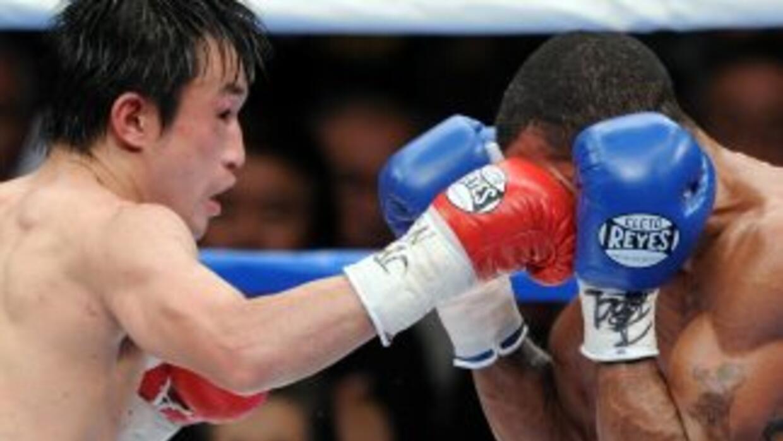 Toshiaki Nishioka dominó todo el combate sobre Munroe.
