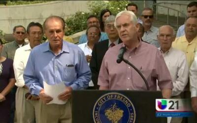Los líderes locales piden el apoyo del Gobernador Brown