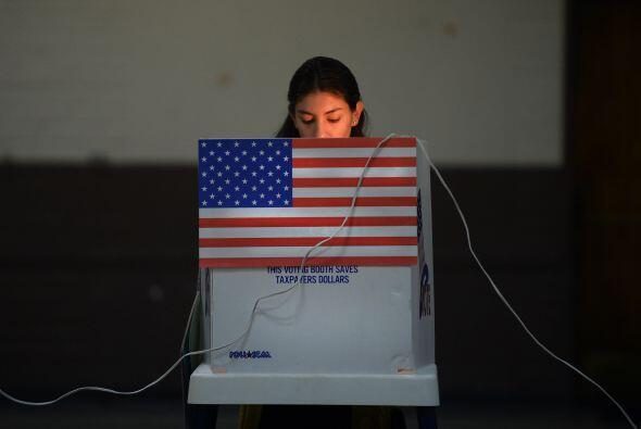 Asimismo los asuntos de inmigración se presentan en dos estados: En Mary...