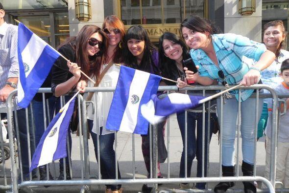 Llenos de orgullo por la 5ta avenida 2be7d41c72a142eebdd38b8378927952.jpg