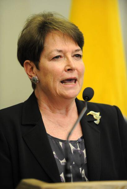 Con Heather Hodges, son dos los diplomáticos que deben renunciar a su ca...