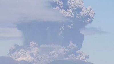 El volcán Shindake rugió en Japón